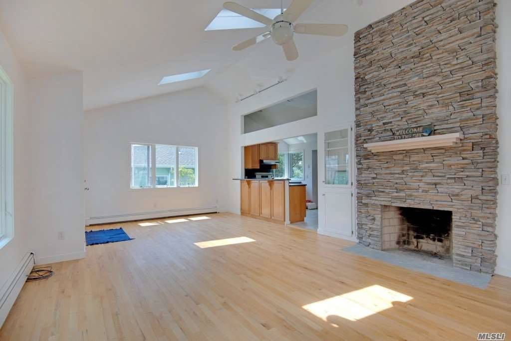 Completely Renovated Exquisite 3 Bedroom Home With Deeded Beach Rights And Private Marina Just Steps Away. Living Room With Stone Fireplace, Master Bedroom Ensuite. Easy Commute From Nyc, Enjoy The North Fork Year Round!