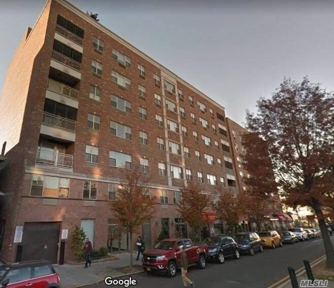Luxury Condo Steps Away E/F Express Train And M/R/7 Local Train Lines.Buses And Array Of Neighborhood Amenities, Larger Window, Kit Boasts Generous Custom Cabinetry And Granite Countertop, Stainless Steel Appliances. Basement Storage, Tax Abatement 7 Yr, Remaining