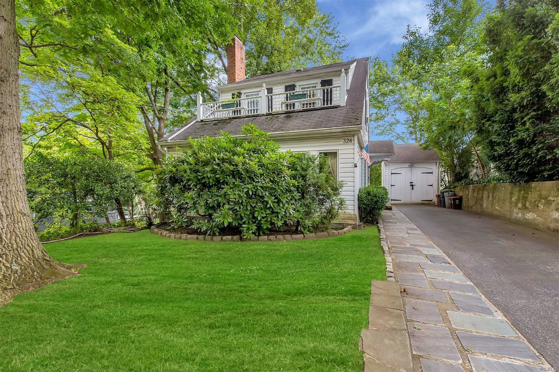 Charming 1920 Side Hall Colonial With 4 Bedrooms In The Landmarked Historic Hamlet Of Douglas Manor. This Waterfront Community Offers A 30 Minute Lirr Commute To Nyc, Award Winning Schools, Close To Restaurants And Shops. Enjoy Playing Ball At Memorial Field, Enjoying Sunsets At The Dock, Mooring Rights Or Enjoying The Vistas Of Little Neck Bay Along Shore Road.