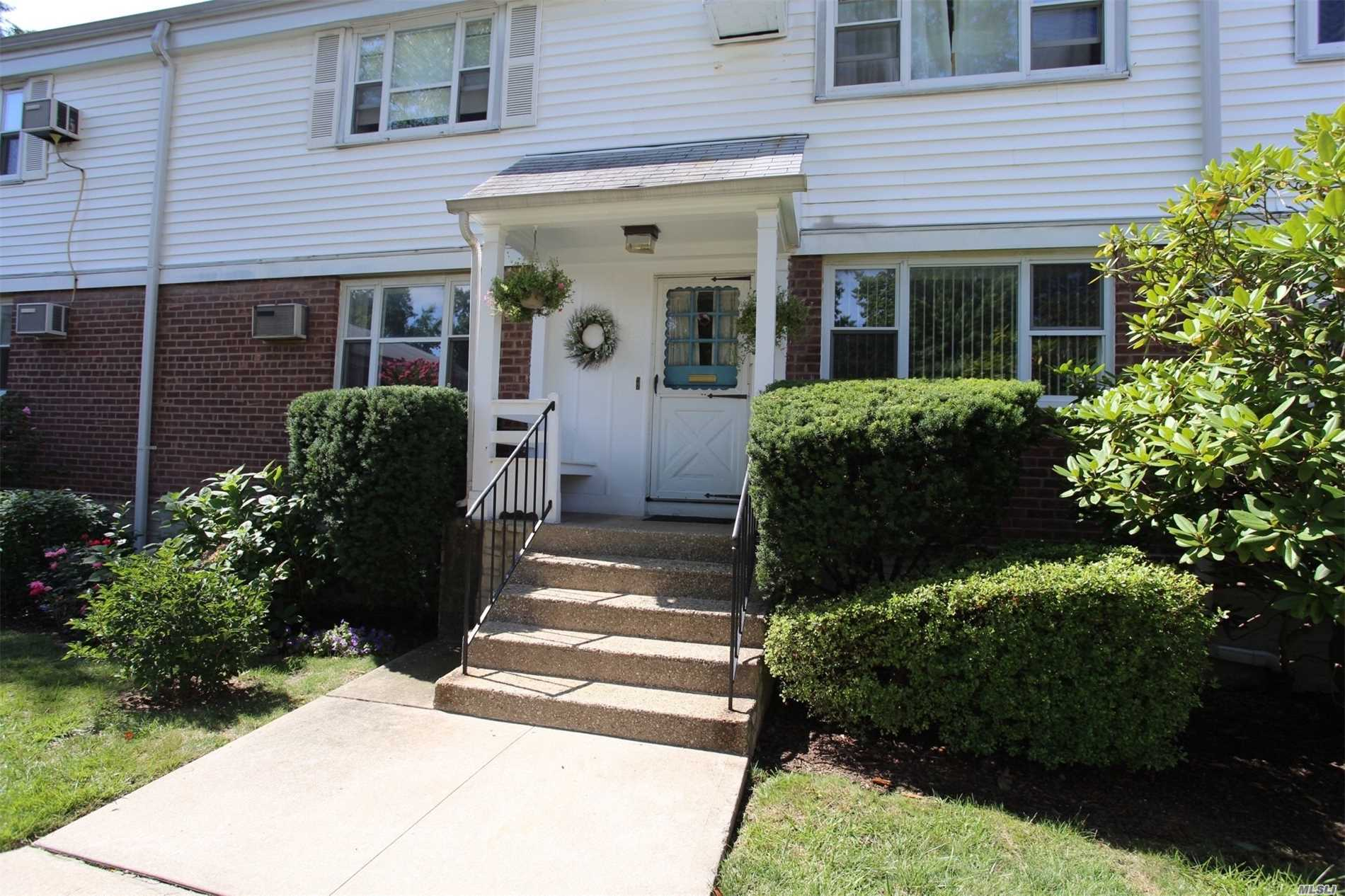 2 Bedroom First Floor Garden Apartment. Walk To Bay Terrace Shopping Center, Library, Bay Terrace Pool Club (Not Part Of Coop), Elementary / Middle School, Express Bus, Bus To Flushing & Lirr. Washer, Dryer & Dishwasher Are Permitted.
