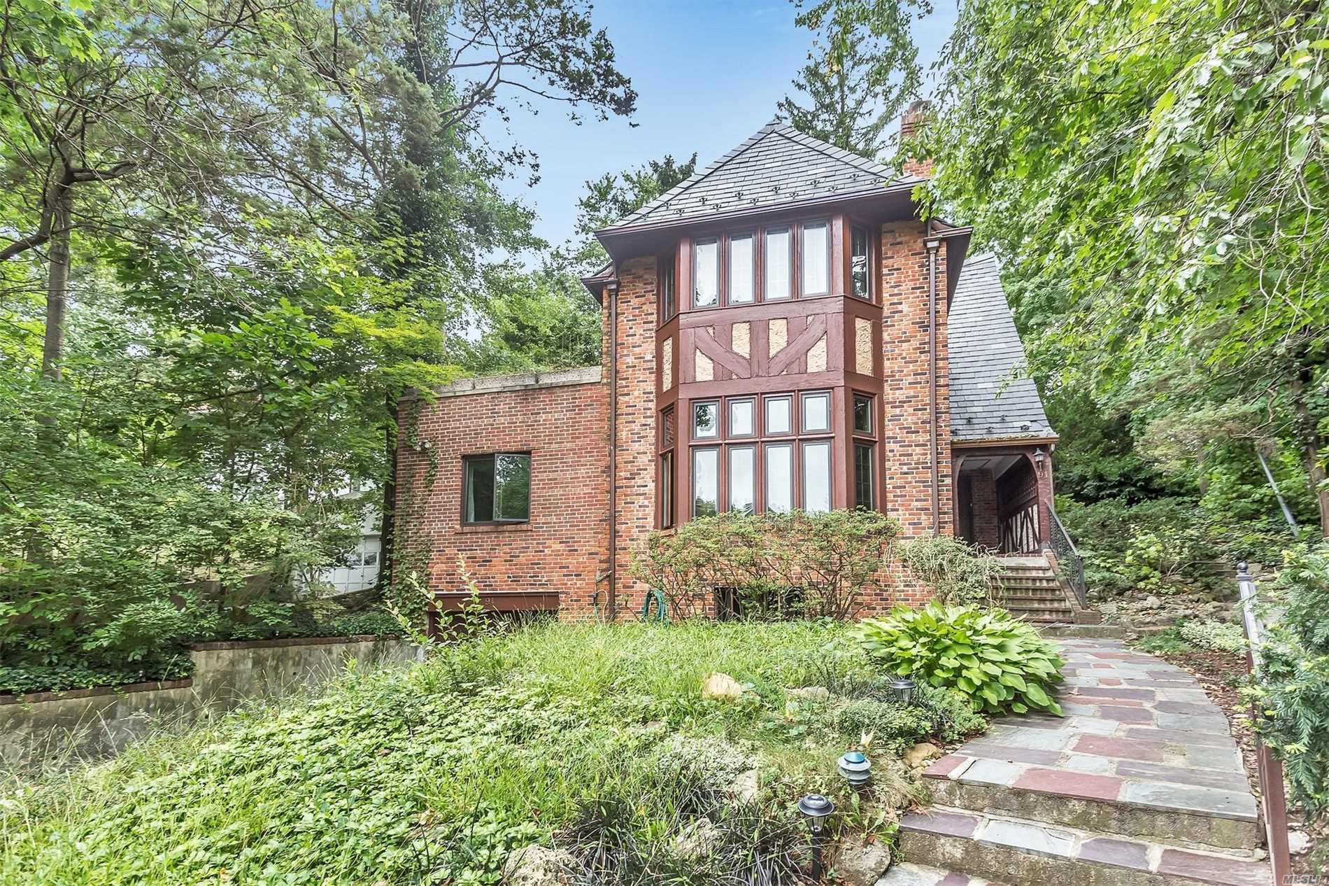 Classic Tudor Located In Village Of Kensington, Southern Exposure, A Lot Of Upgrades, Beautiful Hardwood Floors Through Out, Large Bedrooms & Storage. Option Of Great Neck North /South School! Great Opportunity!