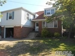 Beautiful And Specious Split House.5 Levels.Renovated Kitchen With Ss Appliances And Granite Counter Tops.Nice Deck Leads To Large And Private Backyard.Conveniently Located Near Shops And Transportation.