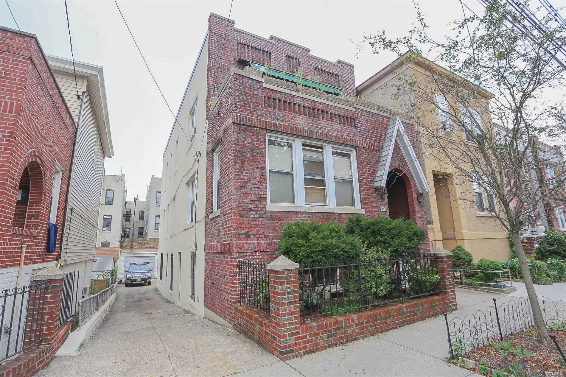 Great Income Opportunity In Astoria, Queens. Vacant 3 Fam Brick W/ Private Driveway, 3 Garages, Ideal Layouts. Bldg Size: 21 X 56, Lot Size: 30 X 96. Located Just 3 Blocks From Steinway, 2 Blocks From 30th Ave, 5 Blocks From Newly Renovated Astoria Heights Playground. Trains Easily Accessible Via N & W At Astoria Blvd-Hoyt Ave Or M & R At 46th St. 3rd Flr Feats 2 Bedrms, 1 Bth, Huge Eat In Kitchen, Spacious Living Rm, Open Front Porch. 2nd Flr Feats 2 Bedrms, 1 Bath, Huge Eat In Kitchen....