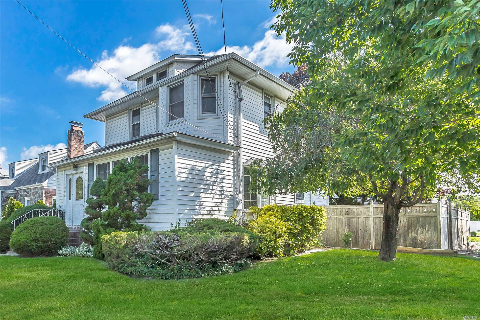 Charming Corner Colonial With Bay Windows; Updated Kitchen W/Stainless Steel Appliances And Granite Counter-Tops; Radiant Floor Heat, Hard Wood Floors, Updated Bath, Detached Garage, Prof. Landscaped Property With 3 Zone Sprinkle System. 3 Zone Gas Heat. Low Taxes.