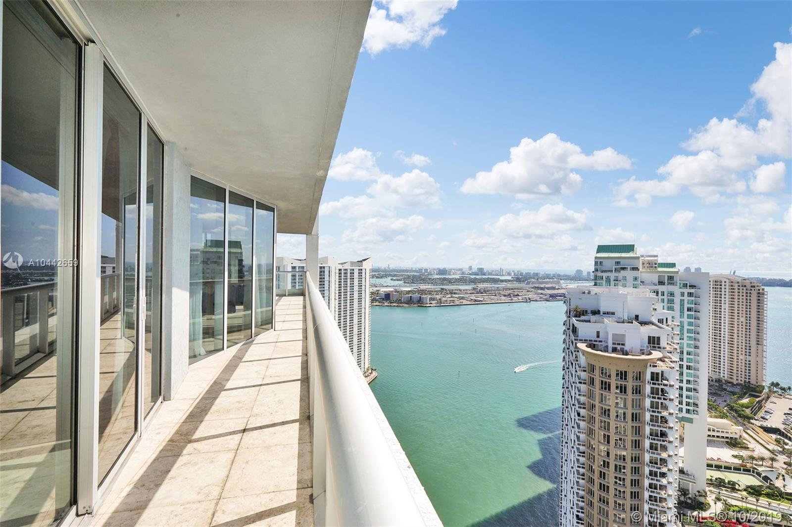 Unobstructed Water Views From This Spectacular Turn-Key Corner Unit At The Icon Brickell Tower 1, 3 Bedrooms, 2.5 Baths. Designer Furnished Unit Features Wolf & Sub Zero Appliances. Marble Floors, Motorized Shades, 2 Walk-In Custom Closets. Live At The Most Exclusive Building In Miami'S Highly Desired Brickell Area. World Famous Spa, Olympic Pool & Amenities For You & Your Family To Enjoy The Miami Lifestyle In Your Home In The Sky, Overlooking Brickell Key, Key Biscayne And South Beach. Walkable To Brickell City Center & Fine Restaurants. Completely Furnished, Just Bring Your Belongings And Move In! All Assessments Paid In Full!        <Br />2 Parking Spaces !....Motivated Seller !!!