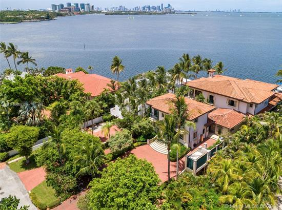 This Bayfront Tuscan Villa With A Modern Interior Flare Is Surrounded By Expansive Views Of Biscayne Bay And Miami'S Skyline! The Elegant Courtyard Entrance Reveals Classic Architecture With An Open Layout Filled With Natural Bright Light. This Spectacular Home Is Made For Entertainment With A Large Chef'S Kitchen, Bar Area And An Impressive 2, 000 Bottle Temperature-Controlled Wine Cellar. Custom-Built Home, 17Ft Above Sea Level With 100Ft Of Water Frontage. Oversized Master With Dual Closets, Wet Bar & Luxurious Bath. Meticulously Finished With Honed Marble & Porcelain Floors, Led Lighting & Surround Sound System Throughout. Elevator, Impact Glass, Full House Generator & 2 Guest Cottages. Minutes Away From Elite Schools, Coconut Grove, Brickell, Downtown & Miami Beach. Sf As Per Floorplan