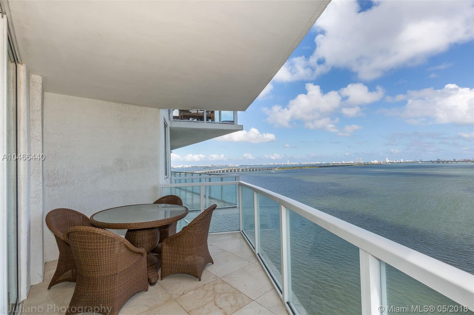 Edgewater Condo - Modern Corner Unit With Direct Water Views Of The Bay. Spacious Floor Plan, 2Bed / 2.5Bath With 1508 Sq Ft And Beautiful Contemporary Furniture (Furniture Negociable).<Br /><Br />Great Amenities: Pool Overlooking The Bay, Whirlpool, Sauna, Steam Room, Gym, Yoga Room, Billiards Room, Party Room.<Br /><Br />Minutes From Downtown, Brickell, Midtown, Wynwood, Design District And Miami Beach. Shops And Restaurants At Your Doorstep.