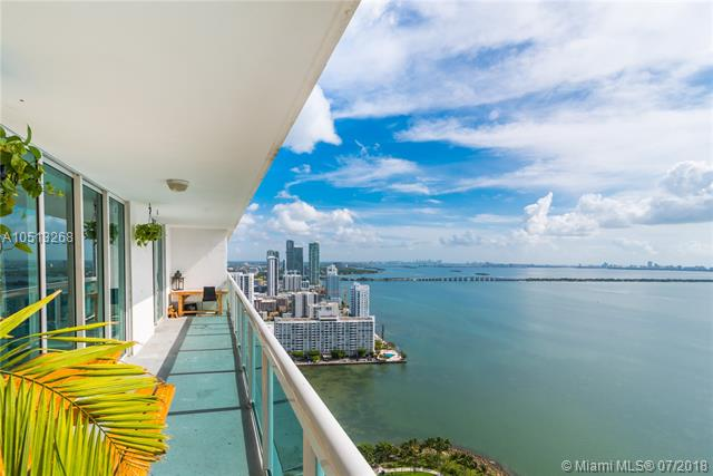 Spectacular Direct Bay/Ocean Views. Open Kitchen With Granite And Wood & Marble Floors, Floor-To-Ceiling Windows, Minutes Away To All That Is Happening In New Urban Miami Including South Beach, Downtown, Brickell, Aaa, The Performing Arts Center, Etc.