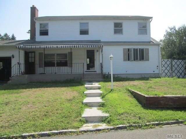 Very Spacious Home, Renovated In 1996, Good Bones, Needs Some Tlc.. Has It All: 4/5 Bedrooms, 2 Full Baths, Full Basement, Garage & Private Yard. Great Location & Schools, Connetquot. Conveniently Located To Highways, Long Island Rr, Lake (Winter Warer Views) Airport & Shopping.