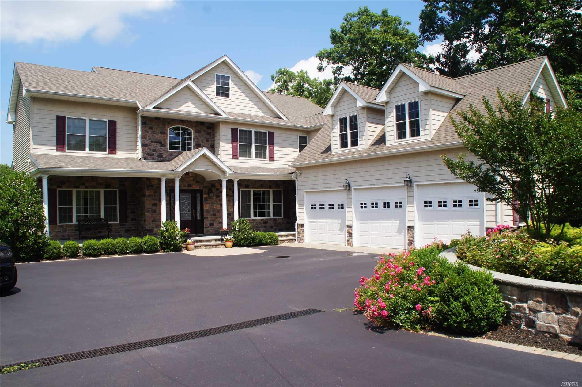 Custom Built Colonial In The Sought After Smithtown Pines Features Stunning 2 Story Entry, Fabulous Gourmet Kitchen With Stainless Steel Appliances, Granite. Den With Custom Fireplace And Built-Ins. 5 Large Bedrooms All With Oversized Closets. Jacuzzi Tub, 1st Floor Guest Suite, Huge Basement With 9' Ceilings And Ose, 3.5 Oversized Garages, Salt Water Pool With Custom Sprinkler Feature, Sport Court And 1.29 Usable Acres - Room For Horses Or Tennis Or Atv! Steps Away From Blydenberg Park.