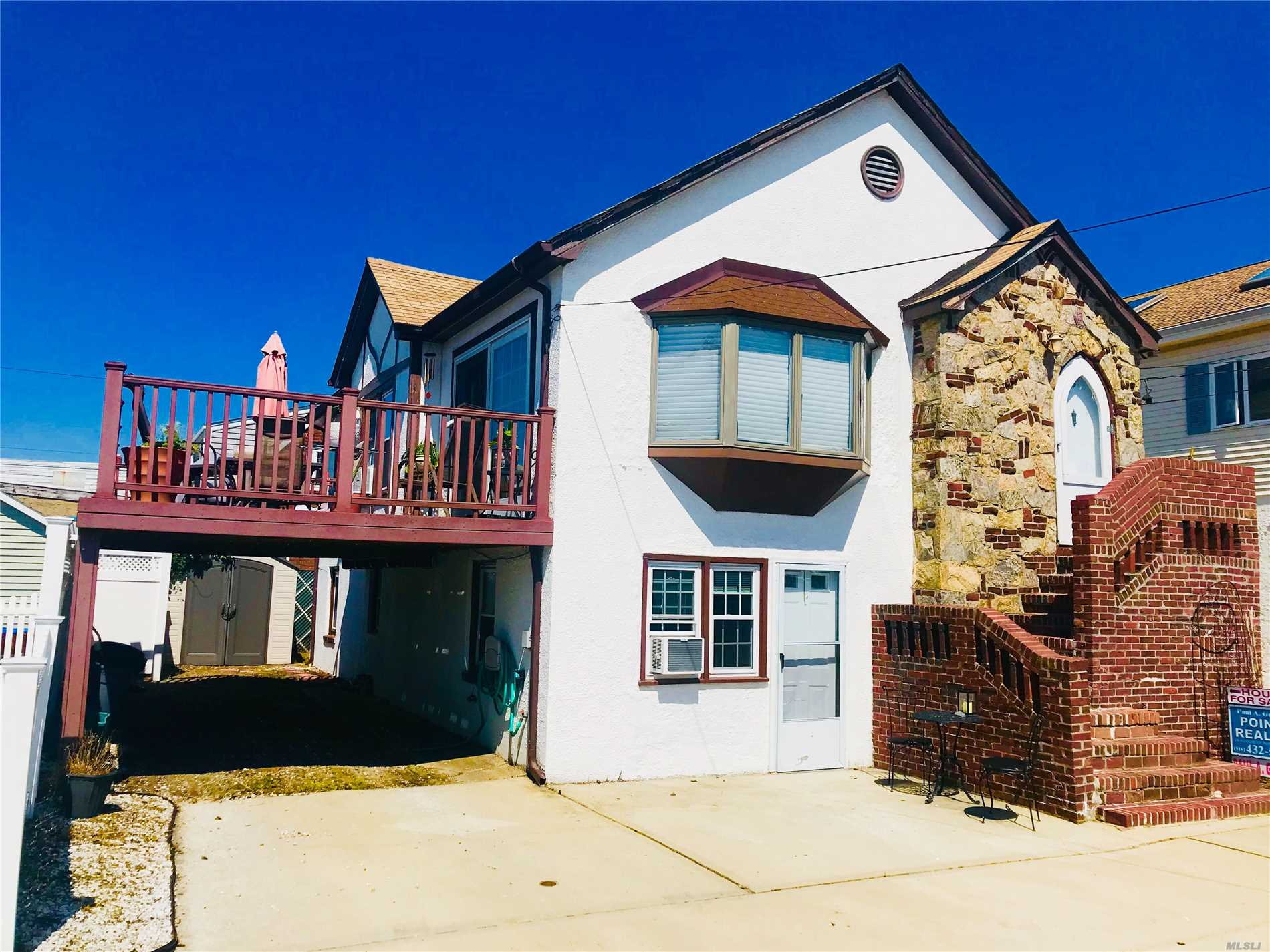 Rare Income House /Is Avail As Is / Move In Condition Tudor Style W 4 Bedroom And 2 Bathrooms /Sun Galore On This Nice Newly Built Sundeck Off The Living Room. Centrally Located To Be Anywhere By Walking!!! One Of A Kind ?low Taxes/ Must See ...