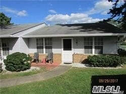 Lovely Oakmont Model , Laminate Wood Flooring , Updated Bath , New Cac. End Location, Garage . Just Move In .