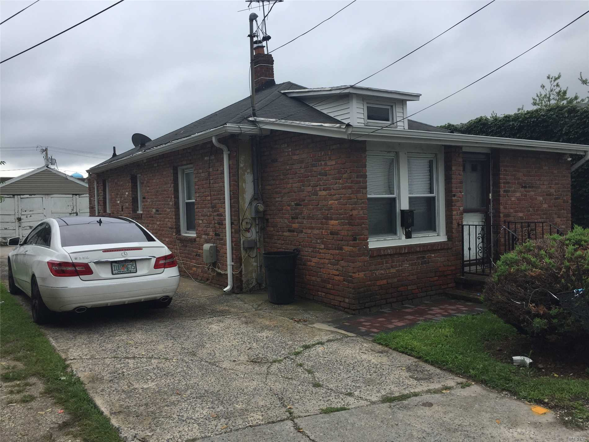 Priced For Quick Sale. Great Starter House. Big Yard. Close To All.