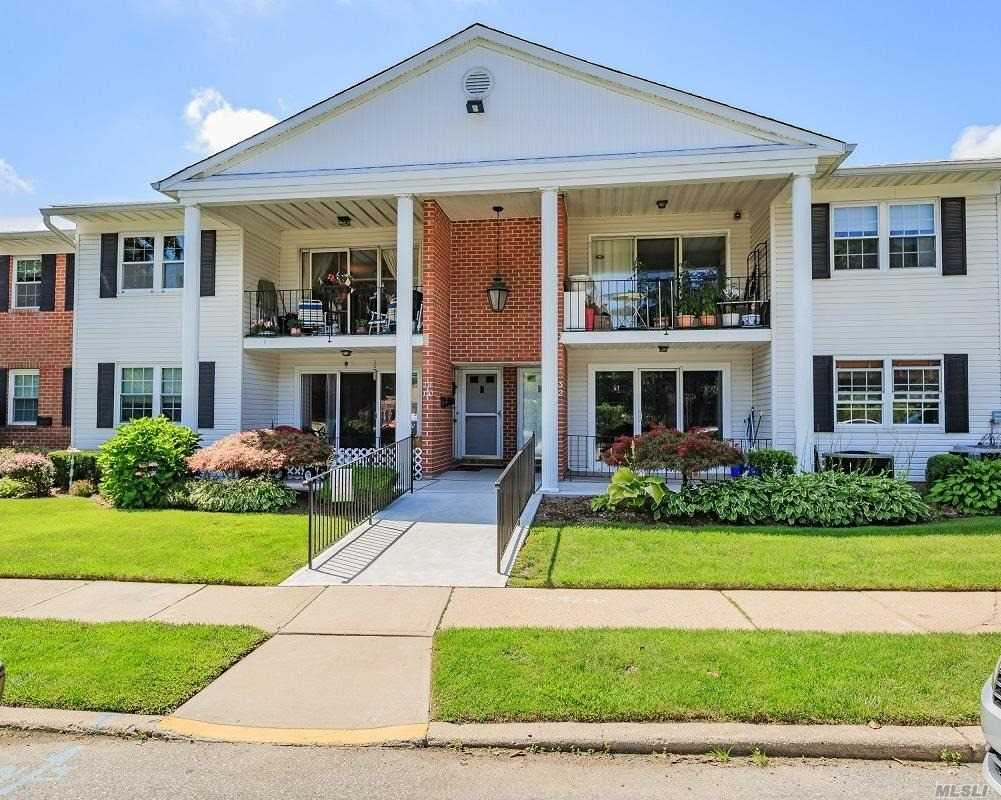 Located In Plainview Right Off Old Country Road And Close To All Shopping, Highways And Everything Else. This Is An Updated End Unit That Has Been Totally Updated From Top To Bottom. Community Is Pet Friendly And Does Feature A Community Pool And Plenty Of Parking. If You Are Looking For A Turn Key Unit This Is It.
