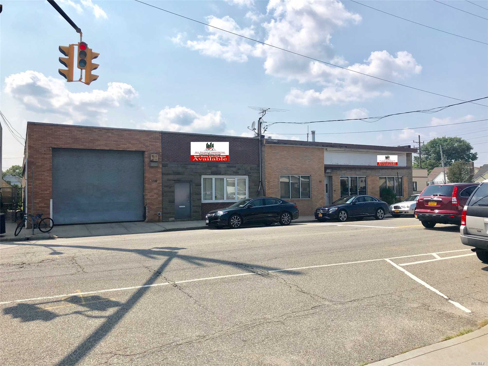 Brand New Office With 5 Private Offices Private Bathrooms, High Ceilings. 7, 000 Sgft. Open Warehouse Features High 14 Ceilings. 14X22 Rollin Doors, New Led Lighting Throughout The New Office & Warehouse. This Building Is Very Modern Clean & Bright. Owner Has Clean Environmental Report.