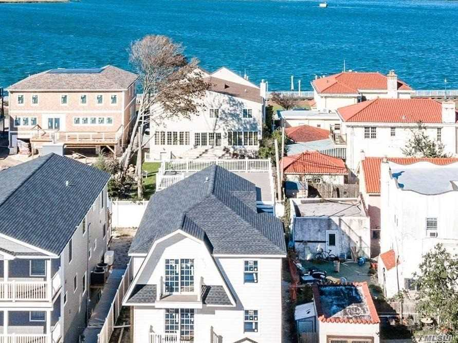 New Construction With Beautiful Bay Views And Roof Top Deck.Deep Property Room For A Pool(Optional). All Hardwood Floors, Granite Kitchen And Baths. Now Is The Time To Customize Your Dream House.