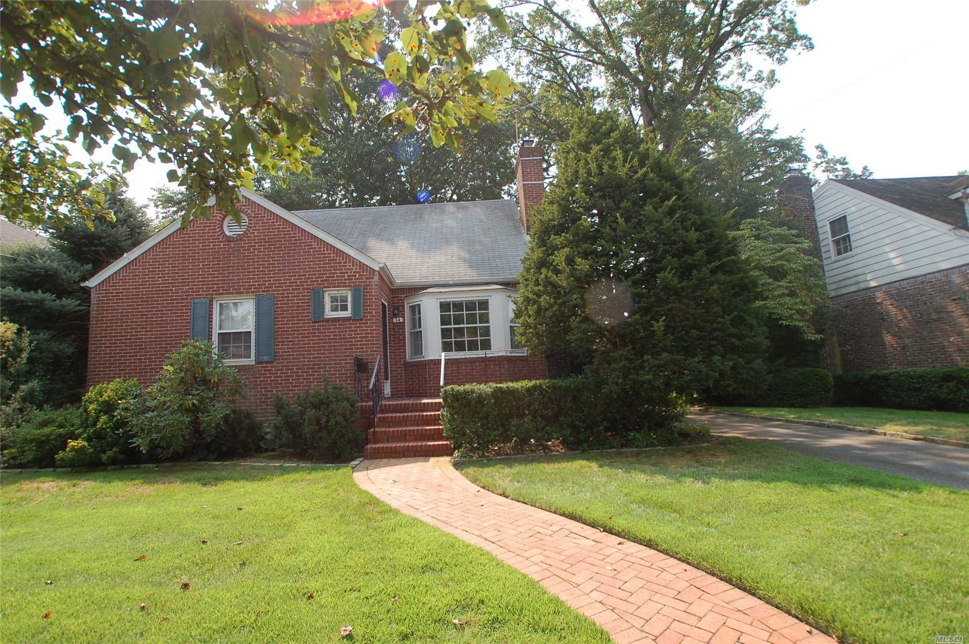 Oaks Area, Rear-Dormered Dorchester Brick Cape, Great Sized Rooms, 60X100 Property! A Must See!!