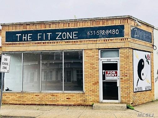 Great Location For This 1000 Plus Square Foot Open Floor Plan, Corner Exposure Commercial Space. Newer Flooring, Central Air And Heat, High Ceilings, Newer 1/2 Bth., Plenty Of Street And Rear Designated Parking. Available Imm.