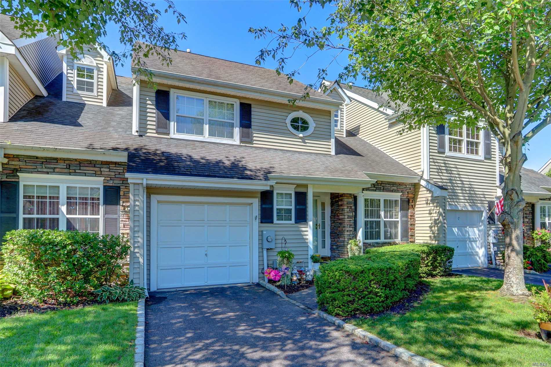 Beautiful Concord Model, Located In The Gated Community Of Windcrest. This Townhome Offers Main Floor Master Bedroom W/Full Bath, Eik, Dr, Lr W/Fp & Sliders To Rear Deck W/Spectacular Views Of The Pond, Laundry Room, ? Bath. 2 Add'l Brs On 2nd Floor, Office/Playroom, Loft Area, Full Family Bath, Special Features Include Prime Location, Hardwd Flrs, Cvac, 2 Zone Cac, Alarm, Full Basement With Walk Out Entrance To Rear Patio, Garage And More! Smithtown Sd#1, Must See!!