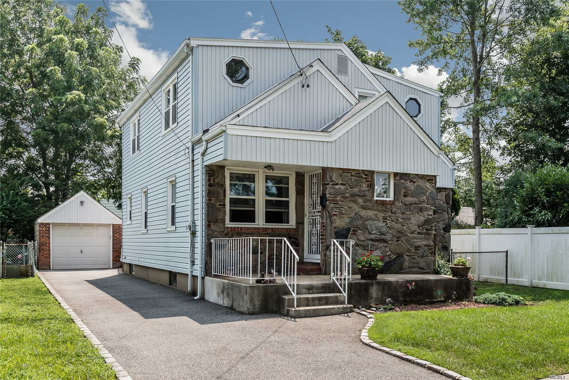 Dormered Cape On Dead End Street. Four Bedrooms, Two Full Baths, Finished Basement, Master On First Floor. 2 Large Bedrooms On Second Floor With A Large Sitting Room. Many Possibilities For Large Family.