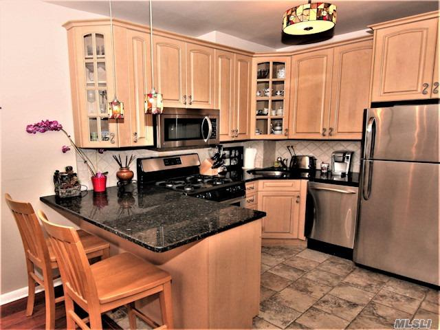 High End Custom Renovated Designer Penthouse Apt. In A Luxury Bldg. Open Kitchen, Wood Floors, Crown Molding, Private Terrace W/ An Amazing Unobstructed Se Water View. Cac. 24 Hr .Doorman . State Of Art Gym W/ Stm Room.On Site Shopping Arcade W/ Restaurant/Deli/Grocery Store. Beauty Spa, , Pool, Gym, Tennis & Party Room. Close To All Shopping& Transportation.                    Monthly Total $ 1207.29 W/O Garage,  Inc. Taxes.