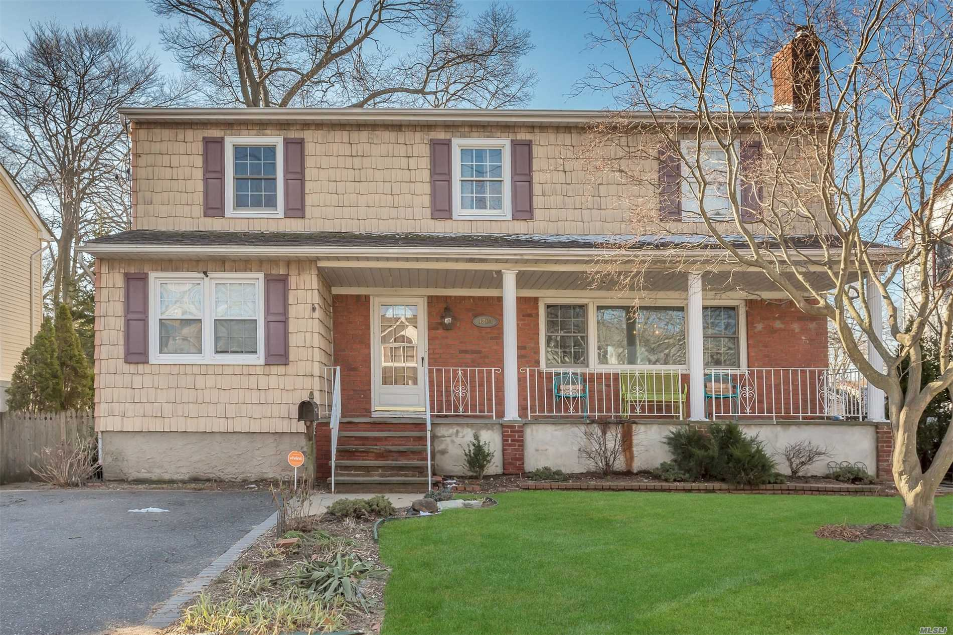 Move In Condition 6 Bdrm 2 1/2 Bath Updated Colonial. Living Room W/Wood Burning Fireplace, Large Eik, Fdr, Hardwood Floors, Cac, 3 Zone Heat, 200 Amp Electric. Possible Mother/Daughter W/Proper Permits. Won't Last!