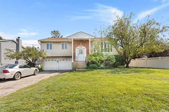 On The Water In West Islip! Very Well Maintained. Located On Lagoon Like End Of Canal. Providing Beautiful Views Down Length Of Canal. 60Ft Bulkhead In Very Good Condition.