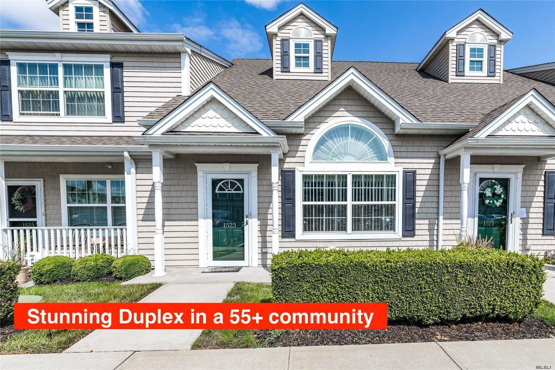 Duplex In Diamond Condition With Over $40K In Upgrades! This 55 & Over Gated Community Boasts Spacious Rooms With Vaulted Ceilings, Kitchen W/ Breakfast Bar, Granite Countertops And Stainless Appliances. Washer/ Dryer In Unit, Top Of The Line Hard Wood Floors And Plenty Of Closets. Chairlift Also Included With Unit. Amenities Include Clubhouse W/ Heated Pool, Gym, Party And Recreation Rooms. Unit Includes 2 Parking Spots.
