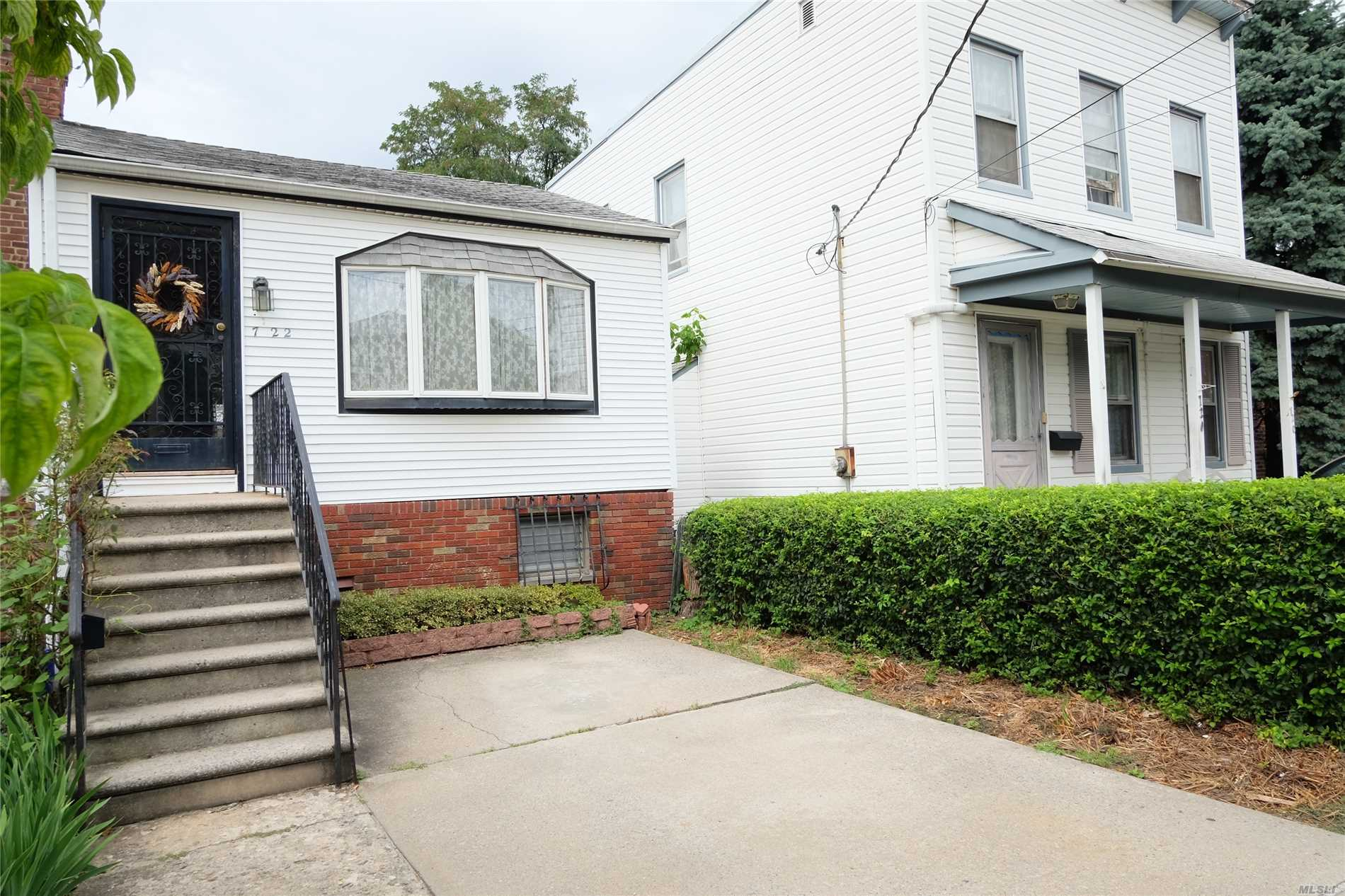 Beautiful , Bright, Renovated, Detached House On 25X 100 Lot. Low Taxes, Large Private Yard. New Kitchen, Shinny Wood Floors, Bedroom Has Sliders To Balcony, Sliders To Backyard.