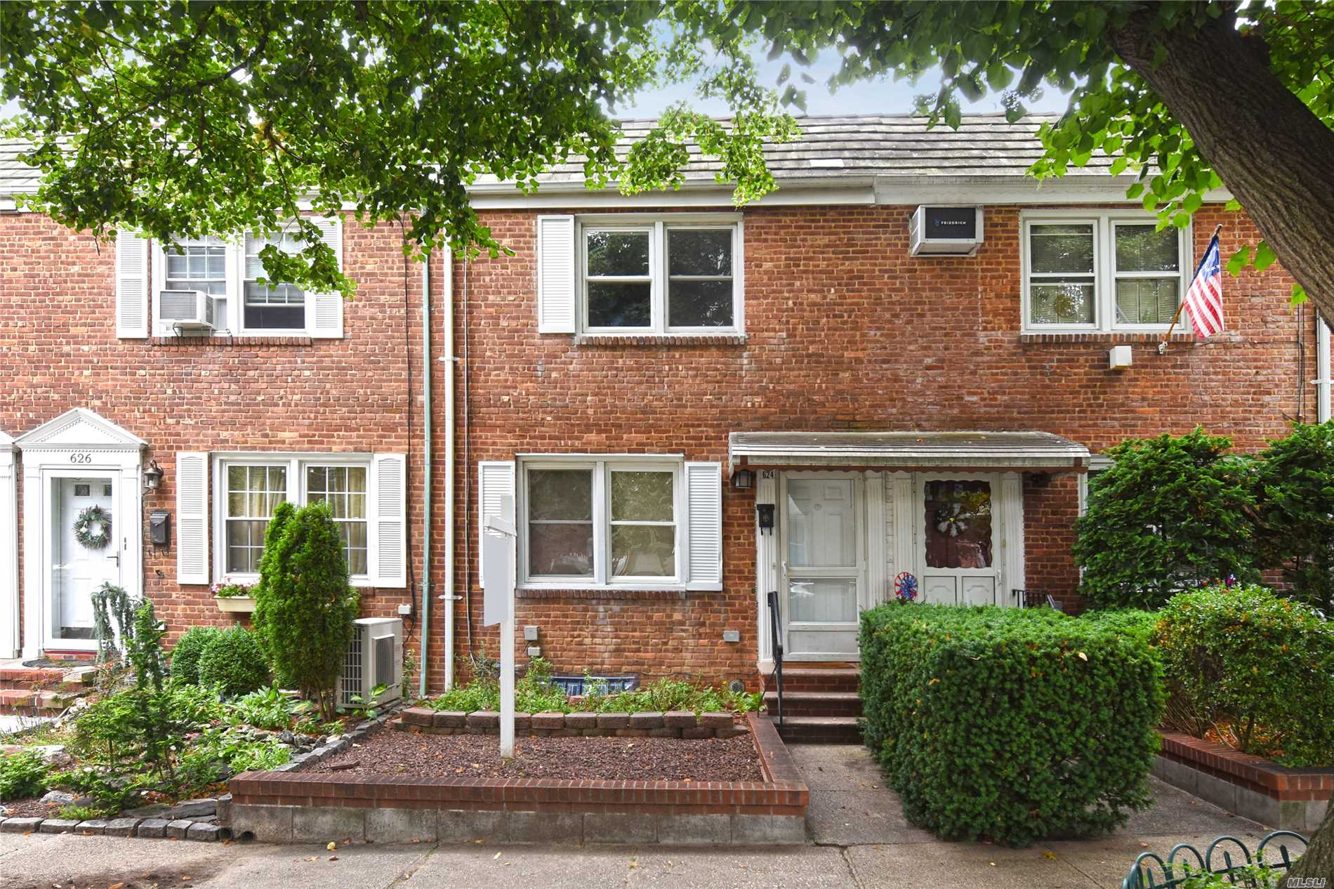 Just Arrived - Affordable Opportunity To Own A House In Beechhurst. This Attached Brick Colonial Has A Newer Kitchen And Many Upgrades Throughout. Convenient To Shopping And Transportation. Sd 25: P.S. 193, J.H.S. 194, Bayside H.S.