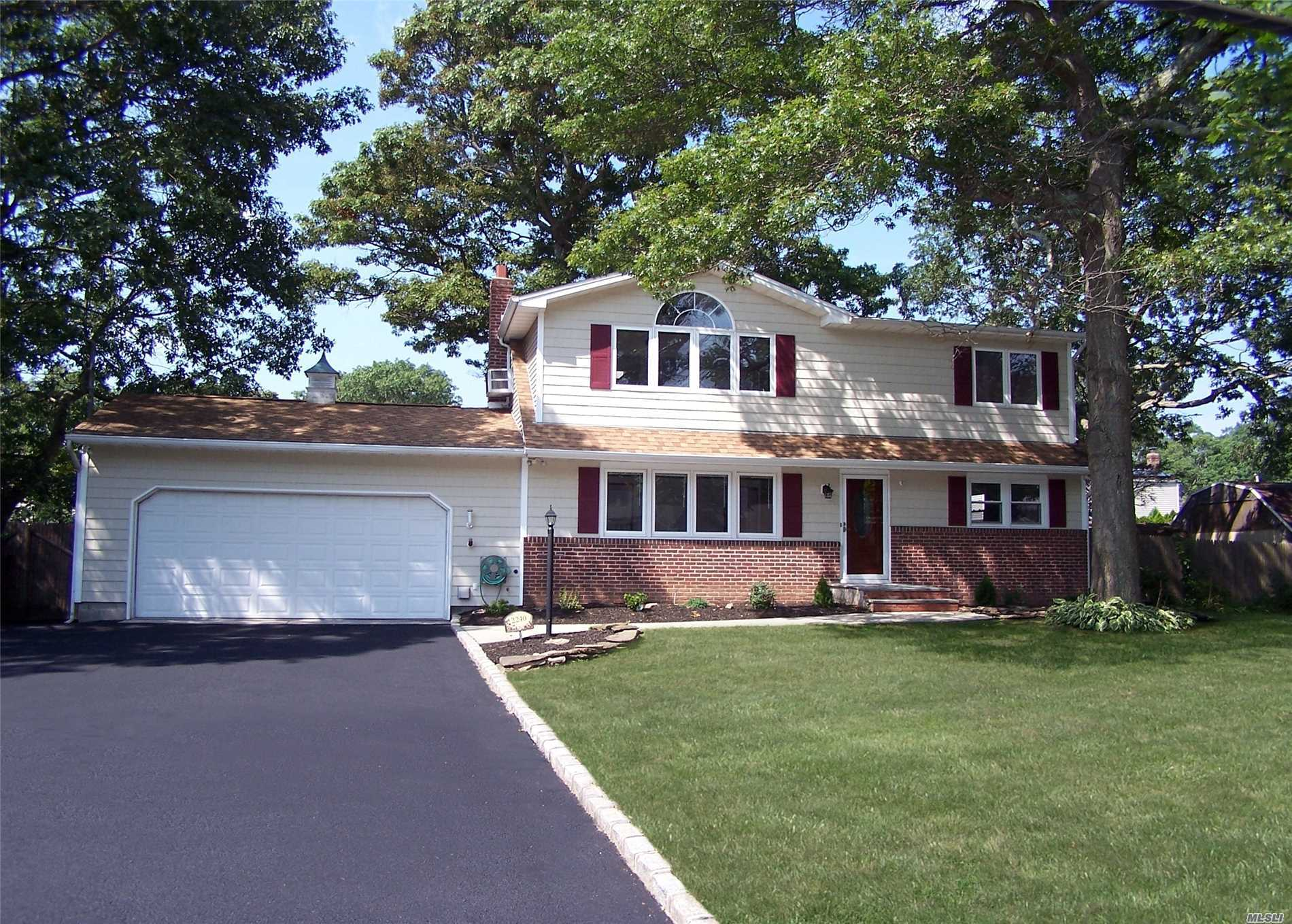 Amazing Colonial In Perfect Location, Completely Updated, 5 Bedrooms, 2 Baths, Featuring A Large Master Suite With Walk In And Dressing Area, Volume Ceilings, Porcelin Tile In Both Bathrooms And In Eik W/Ss Applic, Granite And Glass Back Splash. Hardwood And Carpet, Anderson Windows, Full Finished Basement With Play Room,  2 Car Garage. Storage Is Not A Problem. Move Right Into This Newly Renovated Home And Start Your Next Chapter.