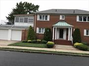 STATELY ALL BRICK TWO FAMILY COLONIAL IN HEART OF WESTERLEIGH.   BASEMENT:  FULL FINISHED, 1/2 BATH, WET BAR, LOADS OF STORAGE.   LEVEL 1: BEDROOM OR FAMILY ROOM,1/2 BATH, ENTRANCE TO GARAGE, LARGE CLOSET, WASHER/DRYER. LEVEL 2: LIVING ROOM WITH FIREPLACE,NEW KITCHEN, DINING ROOM,  MASTER BEDROOM WITH 3/4 BATH, ENCLOSED PORCH, BR, FULL BATH. ATTIC: STORAGE.