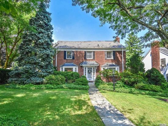 Mature Plantings, Lovely Yard Off Family Room, Stunning Center Hall Colonial, A Few Short Blks To Lirr, Located In The Prestigious Strathmore Vanderbilt Section.Tastefully Renovated And Impeccably Maintained.This 3Br 2.5Bth Boasts A Beautiful Eat In Kitchen Powder Rm, Entry To Garage, Formal Lr With Fireplace And Formal Dr, Mstr Suite W/Full Bth, Sec Br W/Entry To Fabulous Outdoor Terrace. Thrd Bedroom, Full Bath, Pull Down Stair To Stand Up Attic , Igs, Termite Contract, Generator Ready, Service Contract