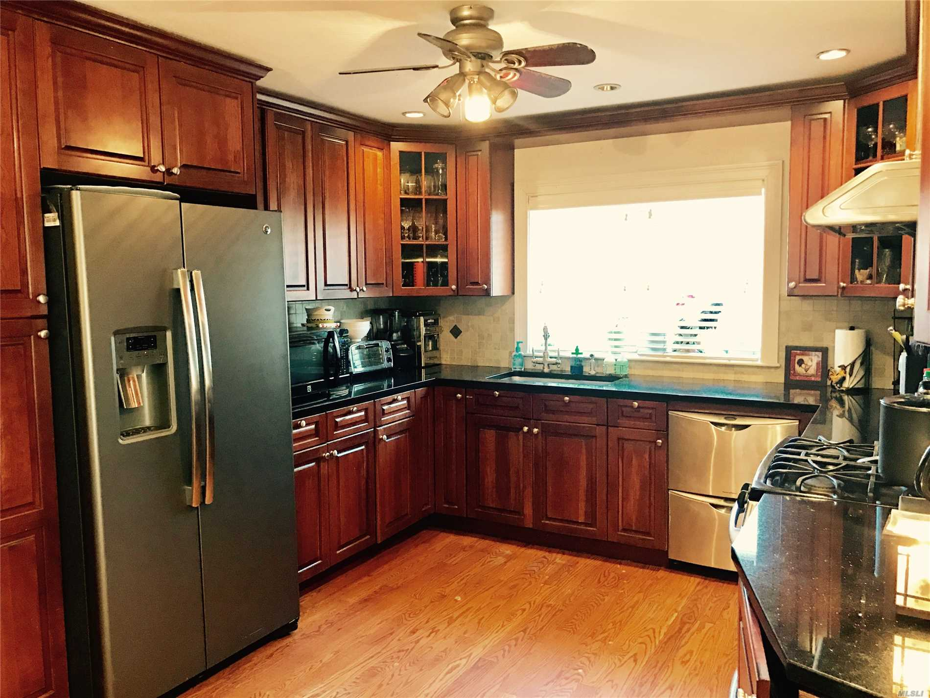Make This Home Yours Featuring All The Traditions And Characteristics Of A Colonial In Little Neck, Queens. This Home Features An Extraordinary Formal Living Room W/ A Fireplace, Formal Dining Room, Powder Room, Kitchen W/ Granite Countertops And Stainless Steel Appliances, Family Room With Sliding Doors Leading To The Backyard All On The 1st Floor. The 2nd Floor Is Just As Spacious Featuring A Master En Suite With Wic's, 3 Add'l Bedrooms And Bathroom. All Hardwood Floors Throughout.
