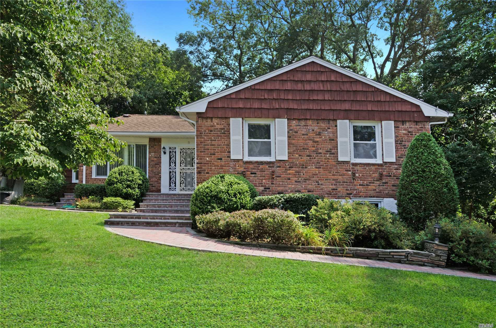 First Time On Market. Sprawling Well Maintained Ranch In Forest Estates. Hardwood Floors Throughout, Many Updates Finished Basement. Close Proximity To Oyster Bay Village, Shopping, And Restaurants. Community Pool (Dues $400) Low Taxes 5900 Without Exemptions.. Oyster Bay-East Norwich School District #6.