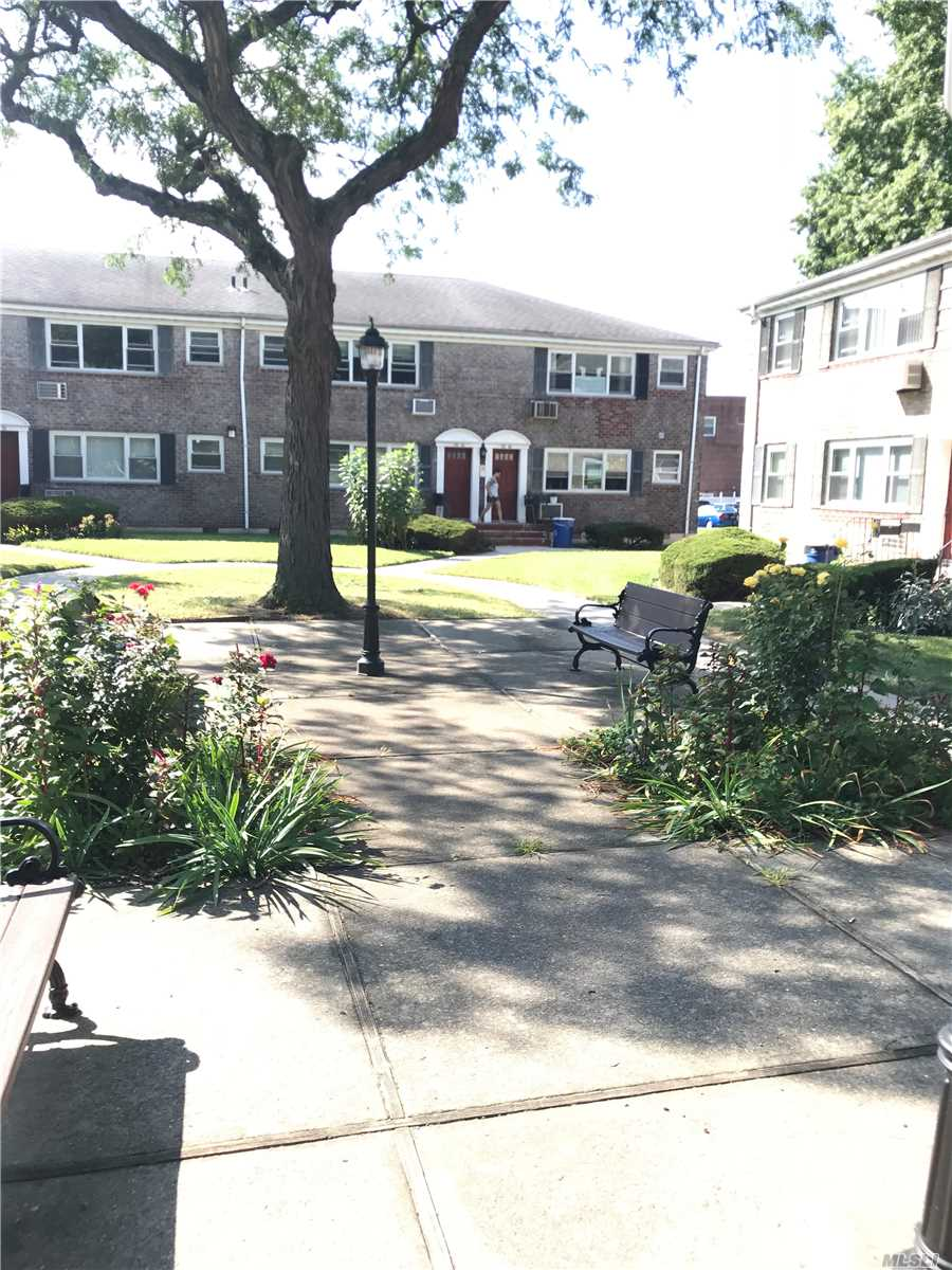 1 Br On 2nd Floor. Facing North & South. Corner Unit On The End Of Court Yard.