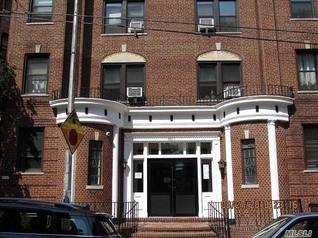 New Price! Large Semi-Furnished Studio With Separate Dressing Area In Pre-War Building In Rego Park (Mins To Queens Blvd. M & R Trains). Freshly Painted, Front Facing Studio Offers A Large Living/Bedroom With A Big Window (South Eastern Exposure), An Updated Kitchen (Hardwood Cabinets/Full Size Oven/Refrigerator/New Microwave/Tiled Backsplash), Dining Area, 4 Closets, Updated Full Bathroom W/Window, And A Separate Dressing Area. Hardwood Floors, High Ceilings, Air Conditioner. Pet Ok Laundry Rm