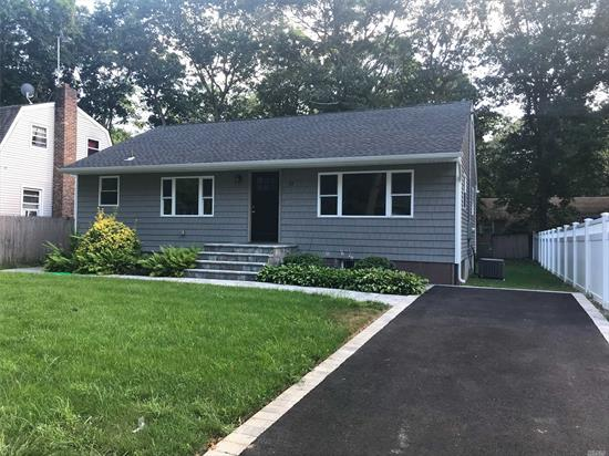 Renovated Wide Line Ranch ! This Gorgeous Home Is Ready To Be Sold! Three Amazing Bedrooms Updated Kitchen, Ss Appliances. New Central Air! New Siding, Hard Wood Floors. The Entire Home Was Renovated. Harbor Field Schools!!!!!