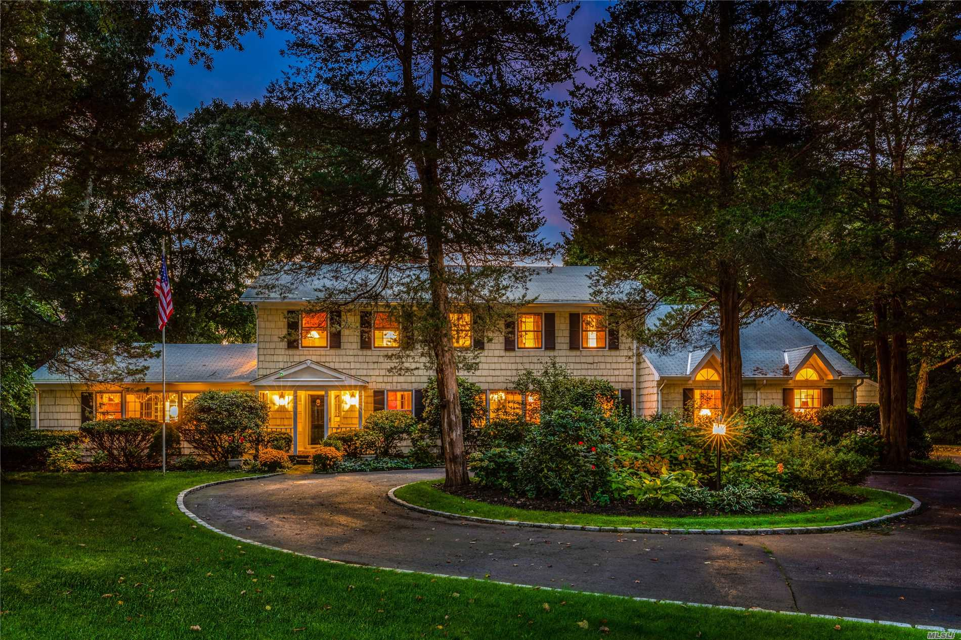 Brand New To Market! Set Back & Surrounded By Towering Trees & Lush Plantings On 2 Serene Acres, This Enchanting 4100Sf Center Hall Colonial Is The Epitome Of Gracious North Shore Living. Special Amenities Include A Two Story Great Room, Paneled Library, Updated Eat-In-Kitchen W/Gas Cooking, Screened-In Porch, 4 Fireplaces, 1st Fl Guest Suite & 4 Bedrooms On The 2nd Level. Amazing Outdoor Entertainment Space With A Lg Deck Leading To A Sparkling Gunite Pool W/Brick Patio.Close To Highways/Shops.
