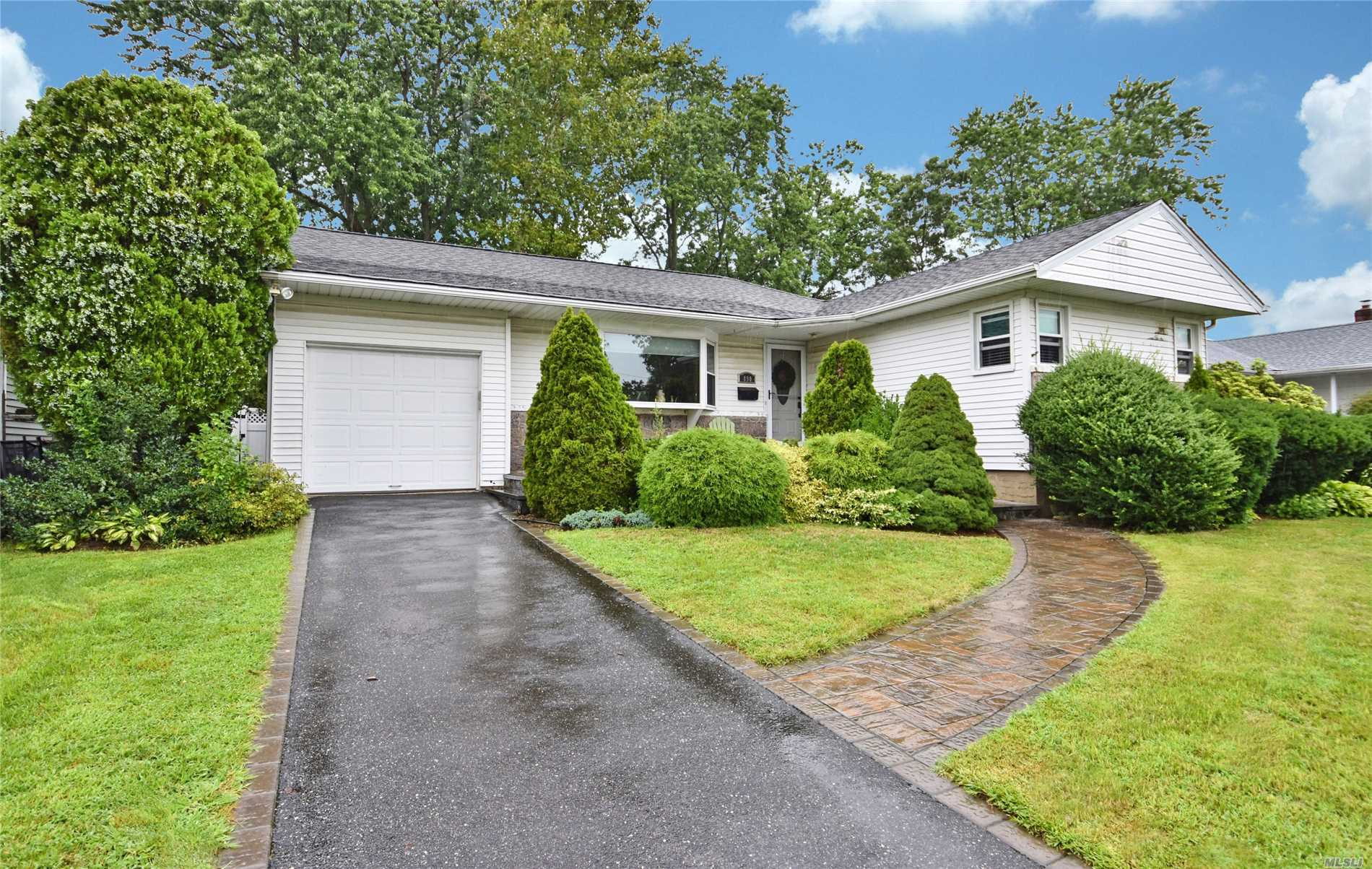 Expanded Ranch, Set Mid Block In The Catalina Estates Section Of N. Bellmore. It Features A Sun Lit Living Room With A Bay Window, A Dining Room, Eik, Master Bedroom With A F/Bth, 3/4 Additional Bedrooms, A Full Hall Bath And A Full Finished Basement. N. Bellmore Schools. Close To All.