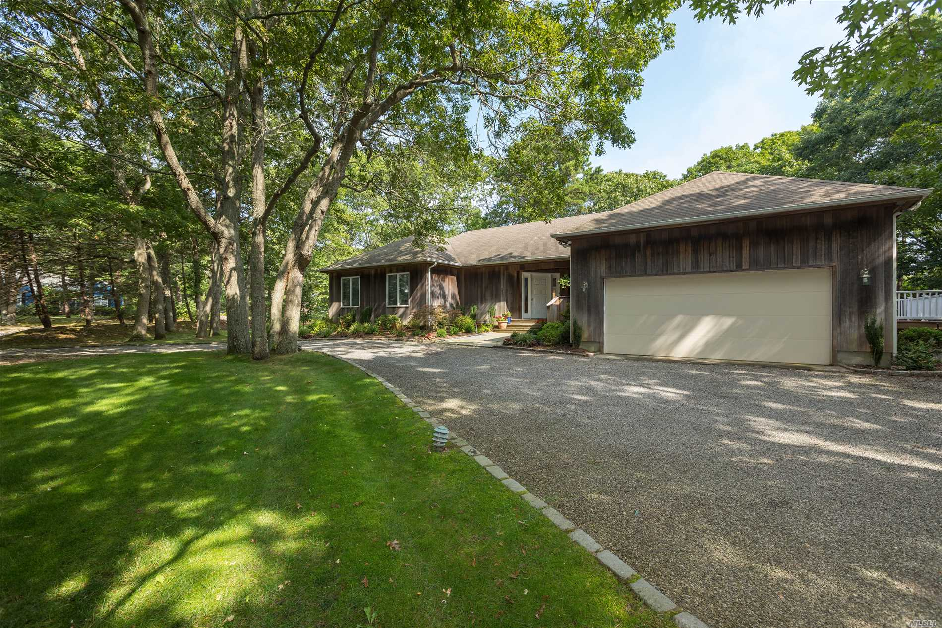 Westahmpton Beach Village Family Home With Pool. Circular Driveway, Attached Garage And Located In Beautiful Bridle Path . Private And Quiet. Very Close To Main Street With Its Theaters, Resort Shops, Marina, Cafes, Restaurants And The Gorgeous White Sandy Rogers Beach.