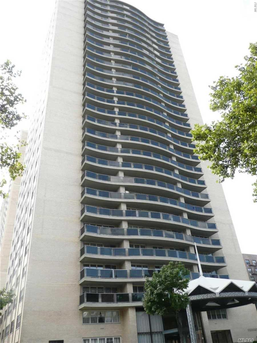 Birchwood Towers -The Bel Air Features A Huge Gorgeous Open Jr. 4 /Convertible 2nd Bedroom-Optional Dining Room, Updated And Very Spacious, Freshly Painted, Wood Floors, Wall-To-Wall Closets, Large Terrace, Amazing Views, Manhattan Luxury: 24 Hr Doorman/Garage, Maintenance Includes All Utilities And Electric, Cable Sep., Seasonal Pool, Gym Sep., Amazing View. Sublet For 10 Yrs After 3 Yrs Residence. Close To All Transportation&Shopping.