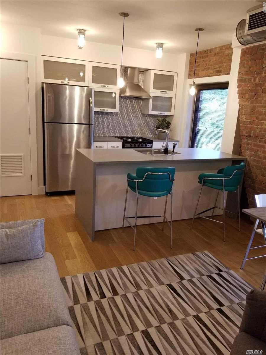 Beautiful Luxury Upscale Furnished Studio Loft. All Included Flat Tv, Murphys Bed, Coffee/Dining Table With Chairs, Ss Appliances, Washer And Dryer, Office Desk Built In,  Plenty Of Storage, Luxury Bathroom, In The Heart Of Islip, Near Fine Dining, Entertainment, Shopping, Lirr, Etc.. Must See!