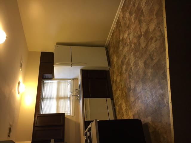 3 Bedroom Duplex, 2 full baths, Eat in Kitchen, garage