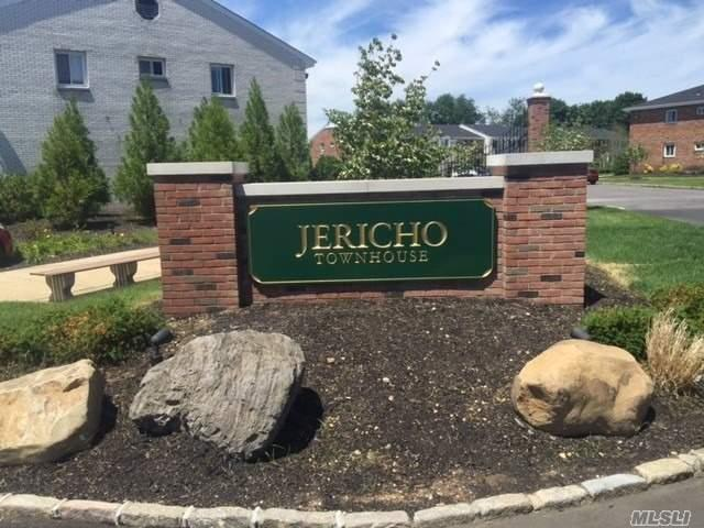 Recently Renovated! Spacious - Granite/Stainless Kitchen, Wood Floors, Private Entrance, Private Fenced Backyard, King Bedroom W/Walk In Closet, Heat Included, Indoor Cat Ok, 2 Months Security Is Required, Laundry Facilities Onsite, Dishwasher, Ac Units, 1 Year Lease, Jericho Schools! Really Nice!  Jericho School District. Avail 10/15
