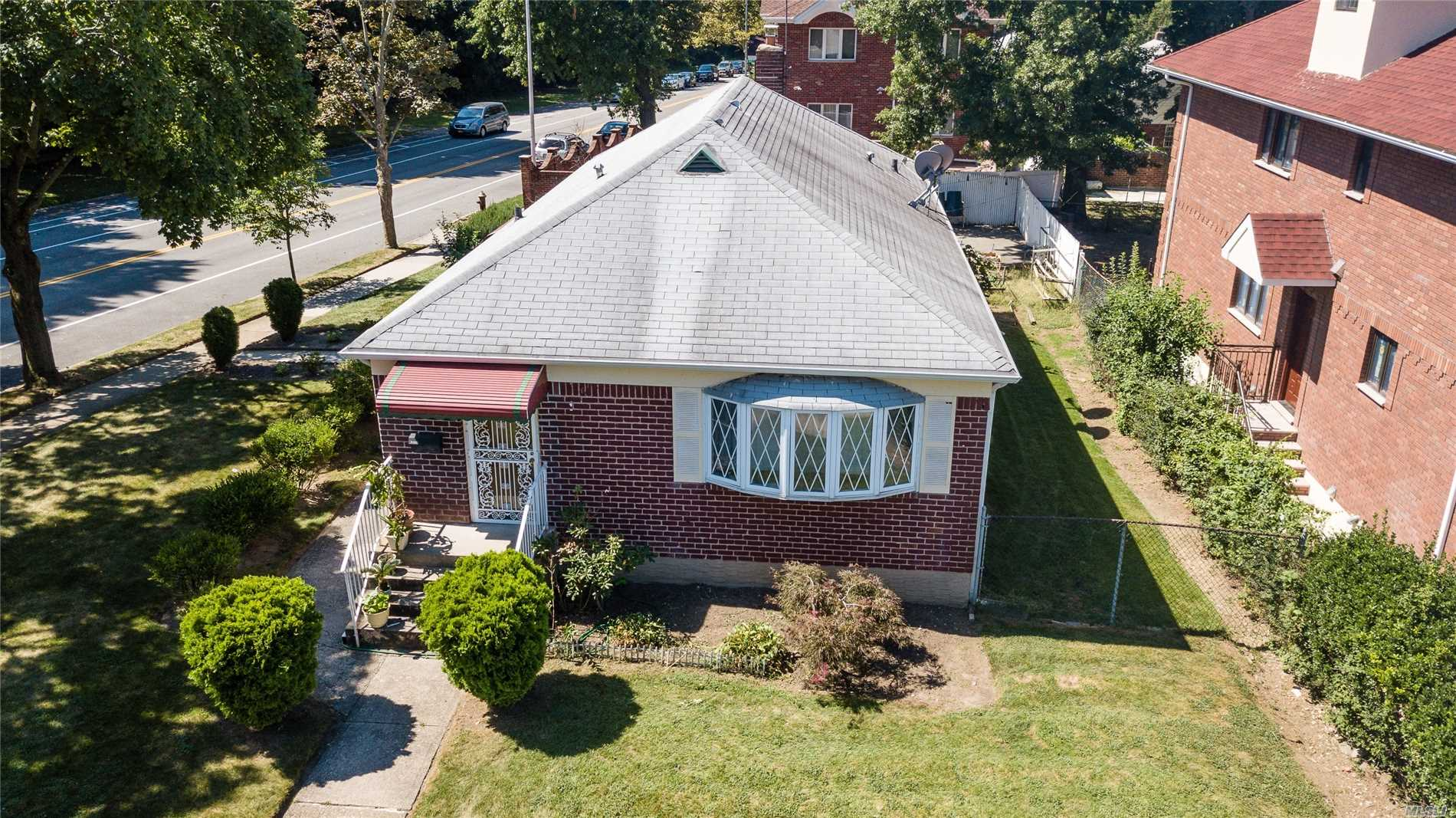 R3X Zoned For 2 Family In Desired Oakland Gardens With Renown School District 26. Very Rare Opportunity In Bayside For Investors To Own & Build On A Much Bigger Corner Lot. New Recently Sold Nearby 2 Family Homes That Were Built On Much Smaller 4000 Sq.Ft. Lots Were Listed Near $2M. What Can You Build On A 6000 Sq.Ft. Lot Instead? View The Fabulous Aerial Of This Lot & Neighborhood. Convenient To All Shopping & Transportation. Lie, Cip & Gcp Are Only Minutes Away.