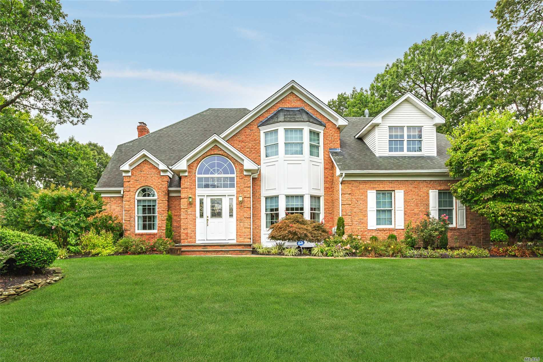 Gorgeous Renovated Colonial In Prestigious Milemore Development Of Fort Salonga. Open Concept Entertaining Areas Coupled With A Traditional Flair Give This 4/5 Bedroom, 3.5 Bath Home A Luxurious Feel. Perfect Entertaining Spaces For Any Time Of Year. Come Take A Private Look Today!