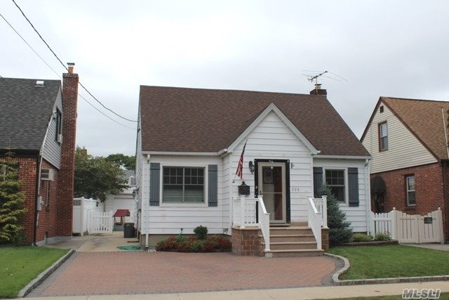 Nicely Updated Cape In Franklin Square, This Home Features Ductless Central Air, New Anderson Windows, 2 New Bath's, And Updated Eat In Kitchen With Granite Counter Tops And Stainless Steel Appliances, Beautiful Full Finished Basement Great For Entertaining, Also Has A Private Backyard With A Paver Patio, Double Paver Driveway, And Low Taxes!
