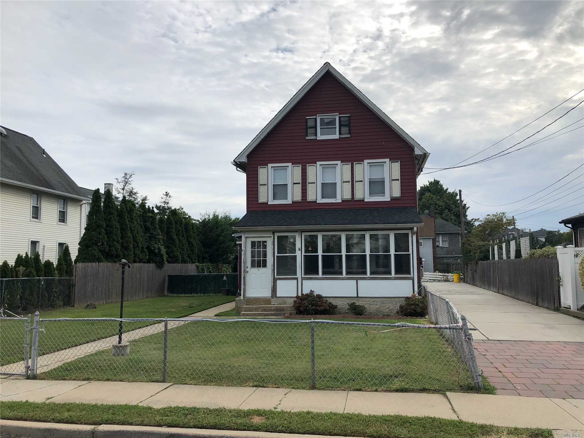 Whole House Rental In Prime Location. 3 Bedrooms 2 Bathrooms Updated Kitchen Private Yard Space. Pets Considered On A Case By Case Basis With Extra Security.
