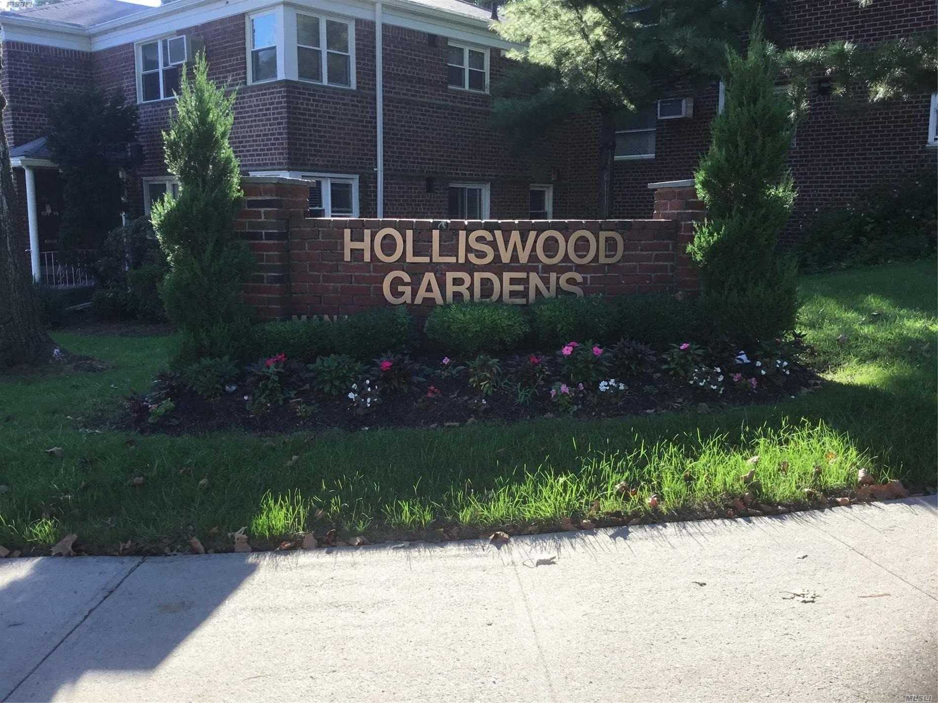 Beautiful 2 Bedroom Apartment Wood Floors Throughout. Carpet In Master Bedroom. Lots Of Closets, New Bathroom. Close To Transportation, Grand Central Parkway, Shopping Etc.